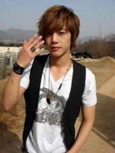 Kim Hyun Joong SS501 Korea Boy Band