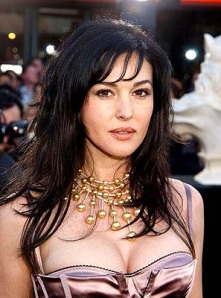 Monica Bellucci The most beautiful artist in the world